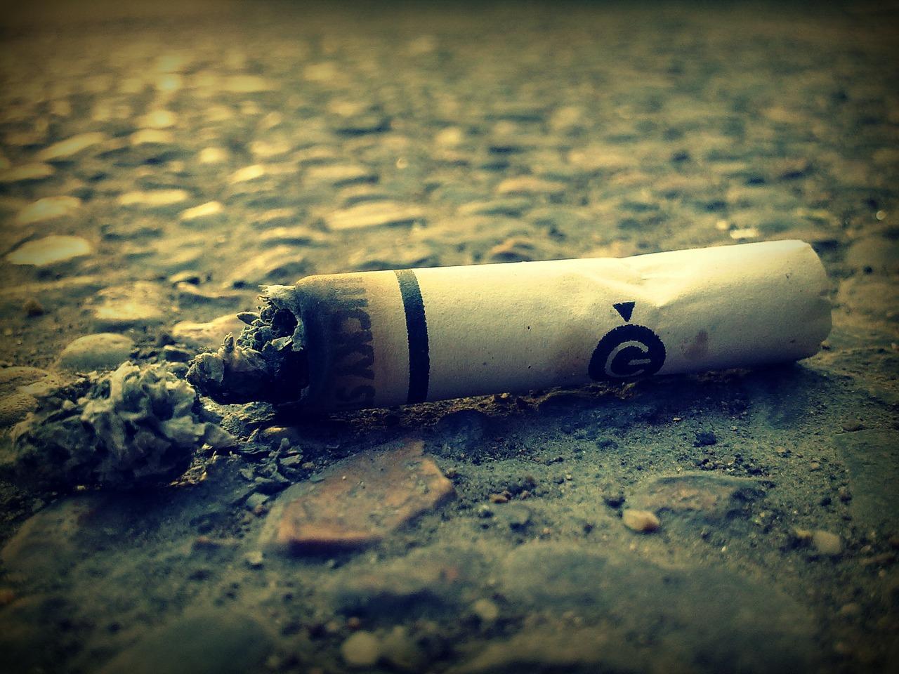 ¿Fumar y conducir? Sí, pero…